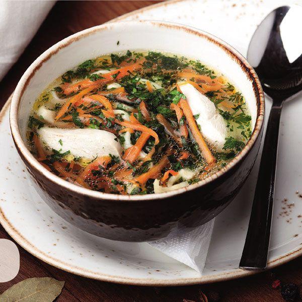Суп куриный с домашней лапш...